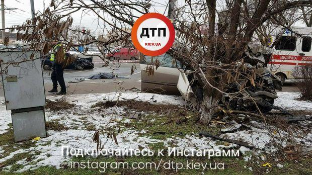 У Києві на перетині бульвару Перова і вулиці Навої сталась ДТП