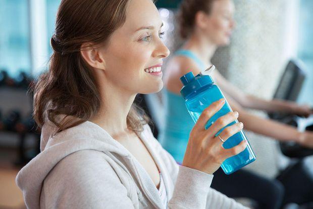 Беріть із собою на тренування зарання підготовлену воду
