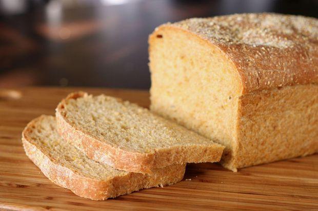 Як освіжити черствий хліб