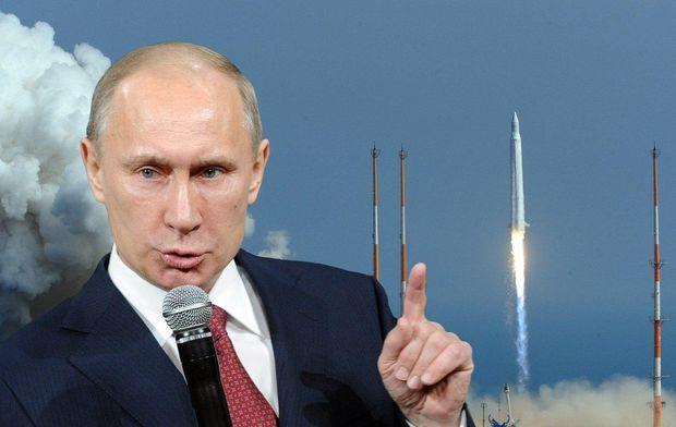 Володимир Путін виступає, ракети літають