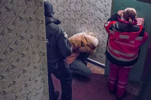 Вбивство, Київ, кримінал, Троєщина, наркотики, алкоголь