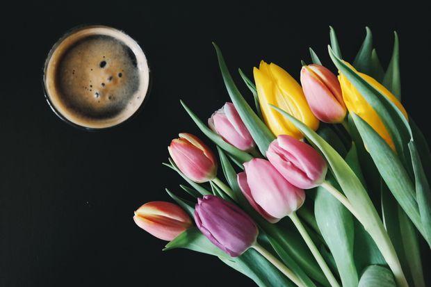 Привітання з 8 березня для бабусі
