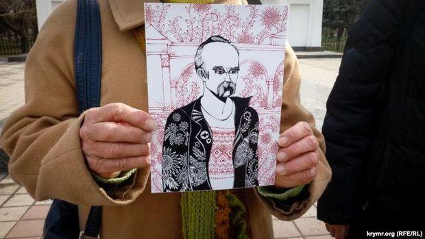 В анексованому Криму вшанували пам'ять Шевченка