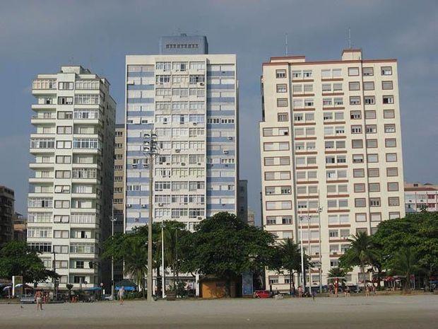 Криві хмарочоси у бразильському Сантосі
