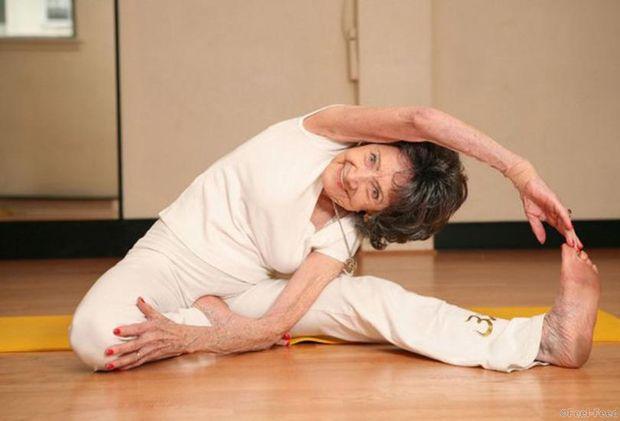 Тао практикует йогу и медитацию по три-четыре часа в день