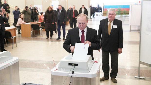 Вибори в Росії 2018: Путін став президентом