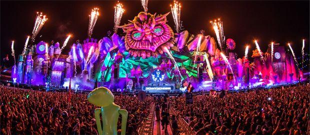 Фестивалі за кордоном