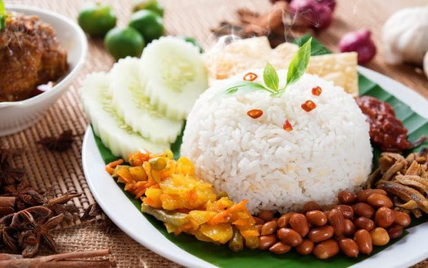 Насі Лемак – сніданок в Малайзії