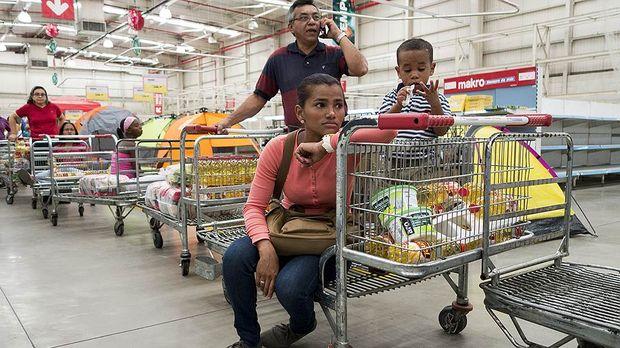 Венесуэла из самой богатой страны Южной Америки стала самой бедной