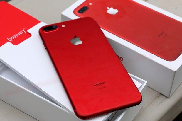 Червоний iPhone 8 Plus