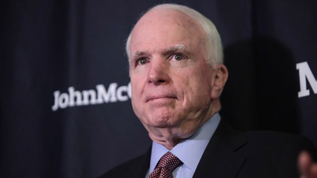 Появилось видео возвращения Маккейна в Сенат США