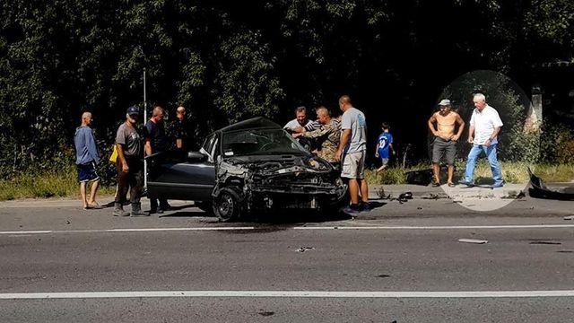 Появилось видео первых минут после смертельного ДТП с участием автомобиля Дыминского