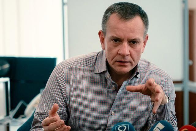 Фирма отца секретаря Днепровского горсовета Мишалова получит еще 20 миллионов на туалеты