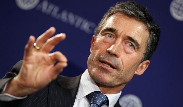 Мы должны предоставить Украине оружие оборонительного характера, – экс-генсек НАТО
