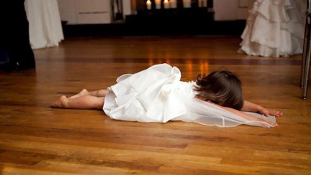 Почему дети не любят свадьбы: курьезные кадры