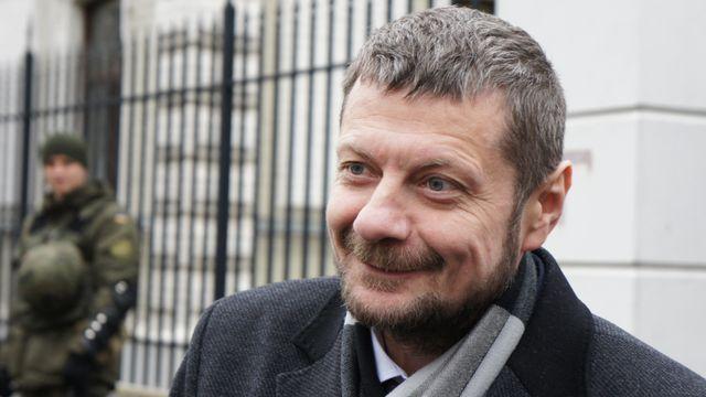 Радикальный Мосийчук, немного выпив, устроил скандал на украинском ТВ: видео
