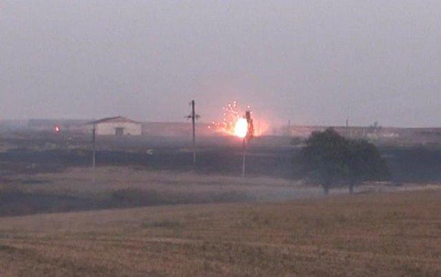 Появилось видео с места взрывов на складах боеприпасов под Мариуполем