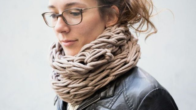 7 оригинальных способов, как одевать шарф-хомут