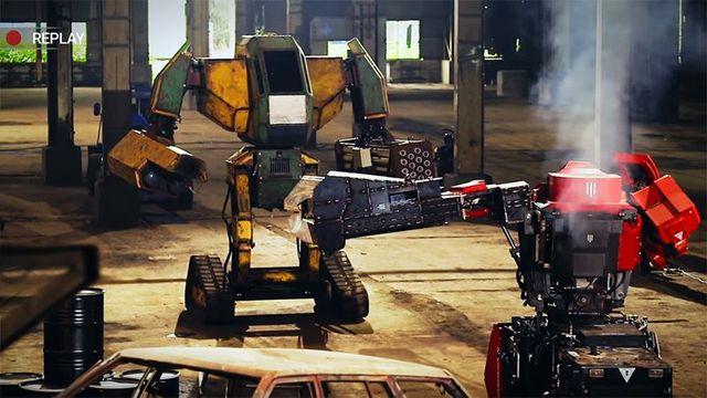 Первый бой гигантских роботов показали на видео