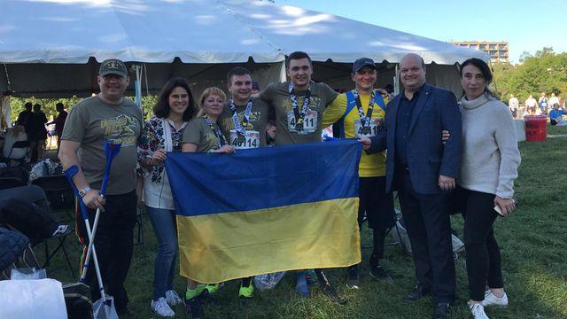 Украинские ветераны АТО приняли участие в Марафоне морской пехоты США: фото
