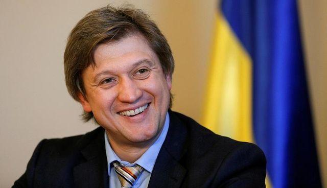 Головні новини 31 липня  Луценко взявся за Данилюка та пекельна спека в  Україні (1.08 17) 810852f725f17