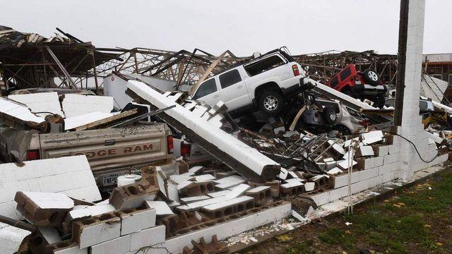 expres.ua Збільшилась кількість жертв від потужного урагану в США 8d36724bd8e32