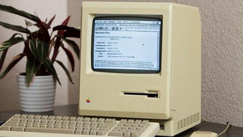 Парень улучшил 27-летний Мак для интернета